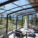 Corso Premium transparent with a view